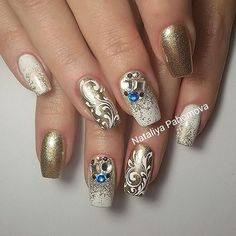 Натуральные ногти, укрепление биогелем, гели UNO Fabulous Nails, Amazing Nails, Gold Nail Art, Modern Nails, Nail Games, Gel Nail Designs, Beautiful Nail Designs, Bling Nails, Nail Trends