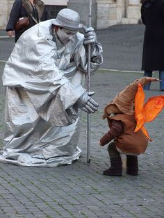 The weird and wonderful street performers