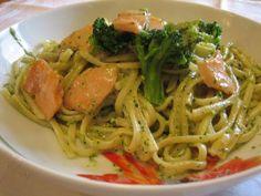 Pâtes au saumon et brocoli légères,recette d'un délicieux plat complet et léger qui peut être sur la table en seulement une demi-heure