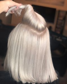 352 Likes 46 Comments Orlando Hair Colorist Sty Ash Blonde Hair blond Colorist Commen Comments Hair Likes Orlando Sty Ice Blonde Hair, Brunette Hair, Ombre Hair, Ash Blonde, Brunette Ombre, Light Brunette, Light Blonde Hair, Redken Shades, Haircut And Color