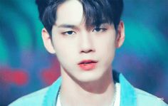 This is a gif of Seung-wu Ong from the Kpop boy band Wanna One. Produce 101, Ong Seung Woo, Dancing King, Ha Sungwoon, My Destiny, Seong, Day6, Love At First Sight, Chanbaek