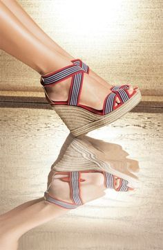 Lovely tory burch stripe straps wedges