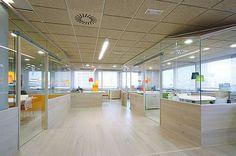 Oficinas con diseño 48