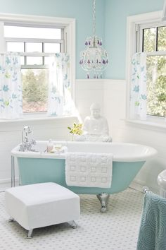 love the tub, not so much interested in the rest of the bathroom