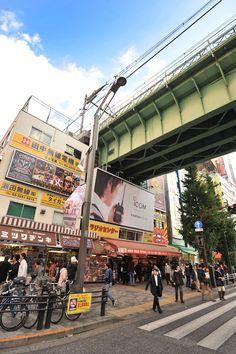 streets_akihabara_7369.jpg 798×1,200 pixels