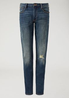 Fine materials and design for this Sand Washed Jeans With Decorative Tears And Rips by Emporio Armani Men. Take a look at the official online store now. Ripped Jeans Men, Denim Skinny Jeans, Slim Jeans, Black Jeans, Armani Men, Emporio Armani, Best Jeans, Jeans Brands, Clothes