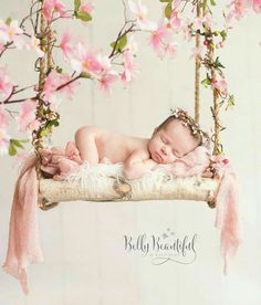 New Born Baby Photography Picture, newborn baby girl pose swing flowers halo crown - Newborn Photography / Newborn Photoshoot / Baby Photos naissance part naissance bebe faire part felicitation baby boy clothes girl tips Baby Girl Poses, Baby Girl Newborn, Foto Newborn, Newborn Shoot, Newborn Swing, Newborn Photo Props, Newborn Baby Photography, Children Photography, Newborn Pictures