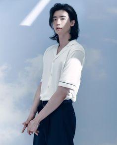 Lee Jong Suk Cute, Lee Jung Suk, Korean Boys Ulzzang, Korean Men, Most Handsome Korean Actors, Mark Bambam, Park Bogum, Young Male Model, Suki