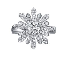TAK FOOK - 18K DIAMOND RING. The Snowflake Collection. | Luxify | Luxury Within Reach