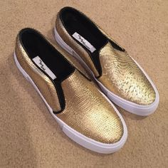 Steve Madden NWT⚡️ Steve Madden The Blonde Salad. Limited edition. BRAND NEW in original box Steve Madden Shoes Flats & Loafers