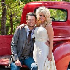 Blake Shelton and Miranda Lambert-i want a wedding just like theirs! Blue jeans and boots:)
