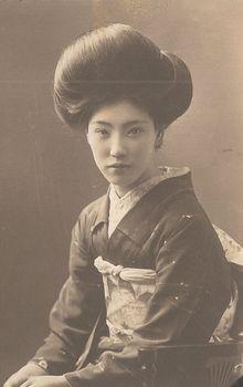 Ume no Komon--1926【梅の小紋】大正15年撮影