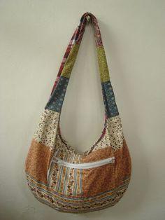 primeira bolsa hippie Bags, Fashion, Hippie Purse, Handbags, Moda, Fashion Styles, Fashion Illustrations, Bag, Totes