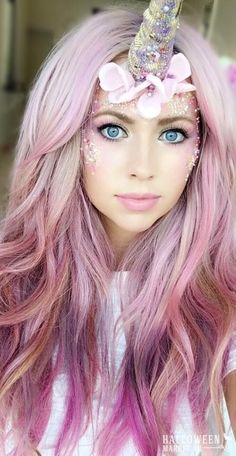 Love this unicorn look with mermaid pink wavy hair!