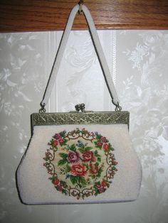 vintage purses | Vintage Ladies White Hand Bead Sequenced Rose Floral Petit Point Hand ...