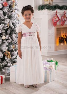 V Neck Ivory Pleated Chiffon Ankle Length Flower Girl Dress. Klänningar För  Blomsterflickor 71f3b11206760
