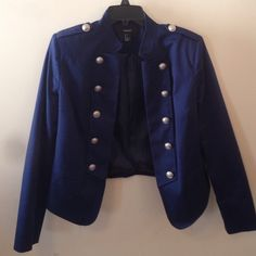 Dark navy military blazer Extremely nice military blazer with silver buttons. Very fashionable and in great condition! Has some padding in shoulder but barely noticeable and the inside is lined! Forever 21 Jackets & Coats Blazers