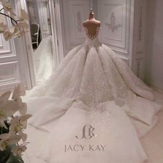 "3,852 Likes, 147 Comments - Jacykayofficial (@jacykayofficial) on Instagram: ""And this.... A breathtaking wedding dress made for our Qatari bride... #jacykay #jacykayofficial…"""