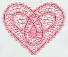 This freestanding Battenburg lace design uses cotton thread - 35 weight embroidery or sewing thread). Project instructions demonstrate how to embroider Battenburg lace. Machine Embroidery Projects, Machine Embroidery Applique, Bobbin Lace Patterns, Crochet Patterns, Bobbin Lacemaking, Tatting Jewelry, Lace Heart, Lace Making, Embroidery Techniques