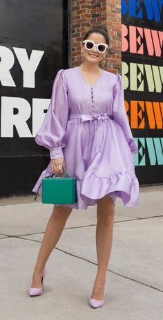 Jennifer Lake of Style Charade in a Stine Goya lilac dress (the Farrow style) and a Mark Cross Grace bag, and lavender Steve Madden Daisie pumps in Chicago Women's Fashion Dresses, Dress Outfits, Cool Outfits, Celine, Short African Dresses, Trendy Ankara Styles, Purple Outfits, Lilac Dress, Classy Dress