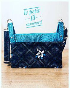 Le petit fil savoyard sur Instagram: Un sac léger pour l'été. 😻🌅 J'espère que ce cadeau d'anniversaire a plu.💝🎁 100% fait main - made in Savoie 💙🤍❤️ C'est un modèle #chachacha…