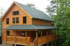 Pigeon Forge, TN: Pigeon Forge chalet rentals: A Bear's Tree House,Brookstone Chalet 809 is a 2 bedroom, 2 full bath chalet located about 1.5 miles from downtown Pigeon...