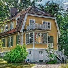 Lady Shed Ideas, Dutch Colonial, Swedish House, House Extensions, Country Life, My Dream Home, Interior And Exterior, My House, Beautiful Homes