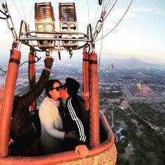 Gracias por hacer mis sueños realidad. TE AMO @angel_diaz_mx #Teotihuacan #pueblomagico #flying #mexico #enlasnubes #globoaeroestático #aventuraenglobos #cumpleaños #loveisintheair #myboyfriend #volando #desdelasalturas #gopro #travel #photography #instahappy #instafly #instapic http://tipsrazzi.com/ipost/1505238048261804959/?code=BTjrgehDBOf