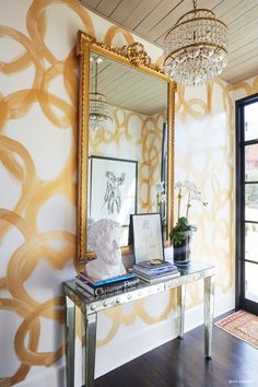 This may not be wallpaper but the free hand design painted on the walls of this Foyer Decor Ideas Design free Hand Painted Wallpaper Walls Entry Foyer, Entryway Decor, Wall Decor, Enterance Decor, Entryway Lighting, Entry Wall, Wall Lamps, Front Entry, Wall Art