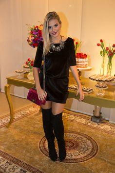 Velvet dress   overtheknee boots - Vestido de veludo e bota overknee