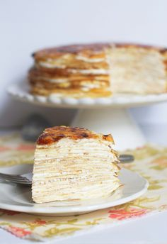 Creme Bruleé Crepe Cake - now that I know how to do good crepes I have no excuse not to try! Crepes, Just Desserts, Dessert Recipes, Slow Cooker Desserts, Crepe Cake, Creme Brulee, Crepe Recipes, Let Them Eat Cake, Cupcake Cakes