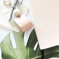 Accessoriseverbdecorate or augment (something, especially a garment) with a fashion accessory.Let's face it... who doesn't like to accessorise?! It's amazing how one little accessory can change the whole look of an outfit and how ...