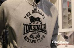 Lonsdale London Kapuzensweater Club Logo bekommen Sie bei Dirgo Homelife in Köln, Hohe Pforte 23-27 oder online unter www.dirgohomelife.de