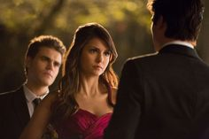 The Vampire Diaries 4x19 Still - Elena, Stefan and Damon