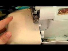 Sådan bruger du din overlocker til at sy en pæn oplægning i vævet stof. Se i VIDEO guiden hvordan du starter og stopper sømmen, når du syr på overlocker. Tips, Youtube, Youtubers, Youtube Movies, Counseling