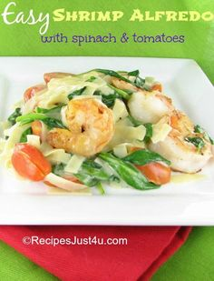Best Tomato Recipes Easy Shrimp Alfredo with Tomatoes and Spinach - Take some plain shrimp and turn it into an upmarket taste in just minutes with this easy shrimp Alfredo recipe. Pork Recipes, Fish Recipes, Seafood Recipes, Cookbook Recipes, Pasta Recipes, Recipies, Dinner Recipes, Easy Shrimp Alfredo Recipe, Baked Parmesan Tomatoes