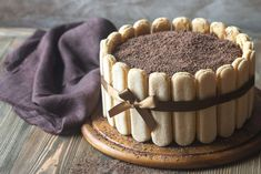 Čokoládová tvarohova šarlota | Recepty.sk Charlotte Tiramisu, Chocolate, Beignets, Chorizo, Parfait, Coco, Cupcake Cakes, Cupcakes, Food Porn