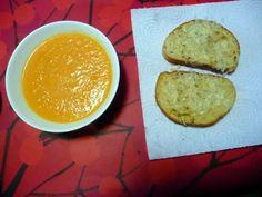 Prinsessä Nautasikaan kasviskeittokirja 2015: Kurpitsakeittoa ja lämpimiä voileipiä