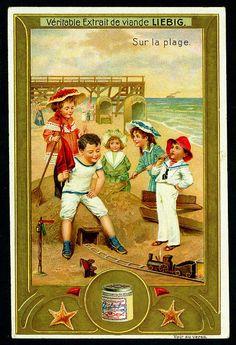 "Liebig -S913- ""Sur la plage"" _Train on the Beach. (1907 Belgian trade card)"