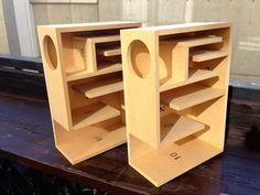 吉本キャビネットBW-800のバックロードホーン断面。 Diy Subwoofer, Subwoofer Box Design, Speaker Box Design, Wooden Speakers, Home Speakers, Bookshelf Speakers, Diy Electronics, Electronics Projects, Diy Bluetooth Speaker
