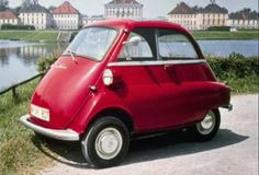 BMW Isetta BMW made the Isetta its own. They redesigned the powerplant around a more reliable BMW one-cylinder, four-stroke, 247 cc motorcycle engine. Bmw Isetta, Cute Small Cars, Cute Cars, Bmw Classic Cars, Classic Car Show, Vintage Cars, Antique Cars, Family Car Decals, Smart Car
