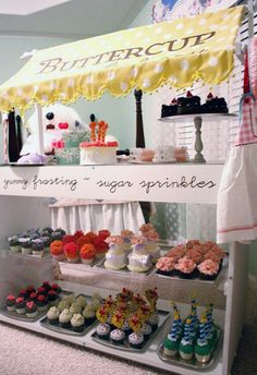 We've got playhouses, play kitchens, play groceries, play hardware stores, and, thank goodness, now we've got a play cupcake bakery. Check out this beautifully done pretend bakery.