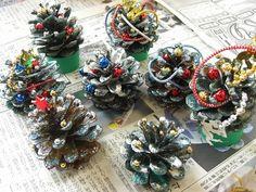 手作りクリスマスツリーの作り方は?簡単3種類をご紹介! | イクメンパパの子育て広場
