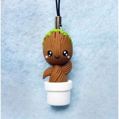 Groot,keychain, mobile accesories, fimo, handmade,llavero,colgante de movil,hecho a mano,polymer clay,marvel,guardians of the galaxy,guardianes de la galaxia,hero,heroe,
