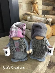 Coffee mugs gnome Diy Home Crafts, Cute Crafts, Diy Craft Projects, Holiday Crafts, Gnomes, Craft Day, Dollar Tree Crafts, Christmas Gnome, Coffee Mugs
