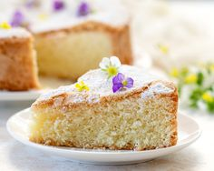 This easy cake is made with just 3 simple ingredients. It doesn't contain any butter, oil or milk and doesn't even need baking powder or baking soda. The cake comes out very light and airy and has a delicate sweet crackly surface. It is great for dessert or afternoon tea. No Bake Desserts, Easy Desserts, Delicious Desserts, Dessert Recipes, Yummy Food, 3 Ingredient Cakes, 5 Ingredient Recipes, Cake Cookies, Cupcake Cakes