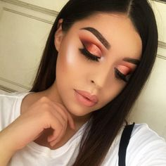 Never posted this pic but I loved my makeup 💄 On my eyes I used the @shophudabeauty Desert Dusk Palette 💗 #mua #muastephnicole #lamakeupartist #makeup #hudabeauty