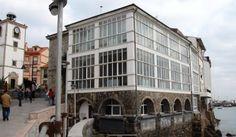 LUANCO TV.: El antiguo Ayuntamiento y actual Centro Social de Personas Mayores de Luanco Asturias