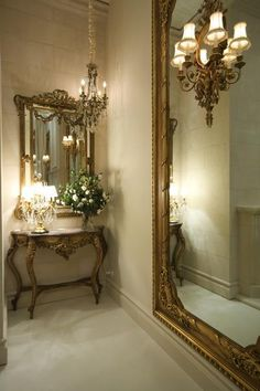 Mirrors are fundamental pieces for any interior, or decor style. Here we explore 10 decorative mirror designs for the modern home decor French Decor, French Country Decorating, Decoration Baroque, French Mirror, Beautiful Mirrors, Interior Decorating, Interior Design, French Country House, Country Living