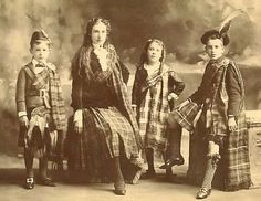 1893 Scottish siblings in tartan. This traditional dress has not changed. When I go home and look through family photos or attend a wedding it is basically the same. Warms my heart and makes me miss home. Vintage Photographs, Vintage Photos, Antique Photos, Old Pictures, Old Photos, Scottish People, Scotland History, Men In Kilts, Scottish Highlands